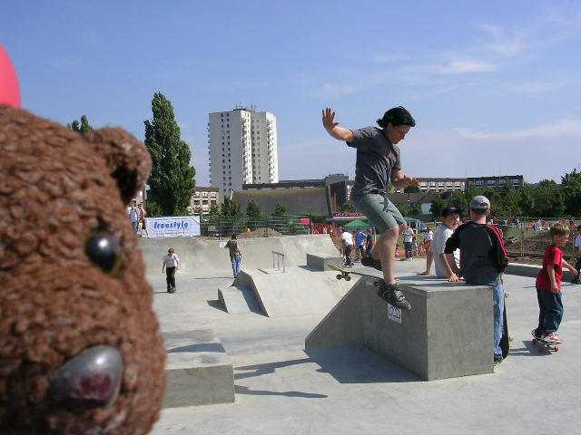 photo of bearsac at skatepark in borehamwood